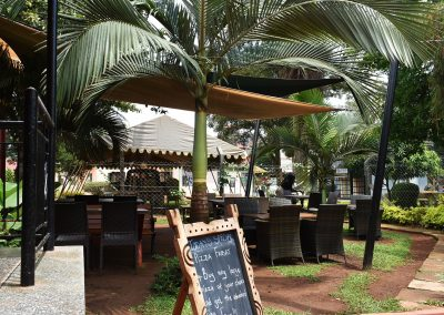 mahali_guesthouse_garden